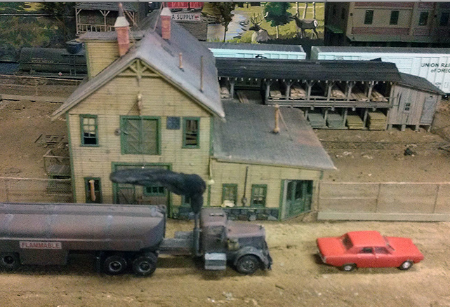 Duel truck and diorama