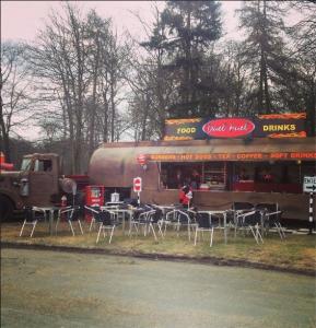 Duel restaurant-truck